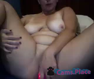 ladyborn2bewild1905's Recorded Camshow